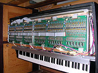 Rhodes Mark III EK-10 - Inside